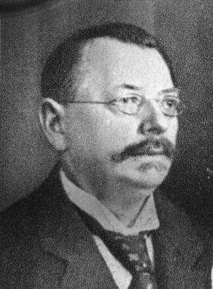 Friedrich Lesche – Mitbegründer und erster Geschäftsführer der Volksfürsorge Versicherung, hier: 1921