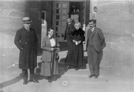 Gruppenaufnahme mit Otto Wels und Otto Braun um 1907.